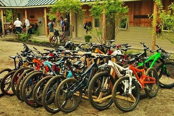 Mountain Bikes at Stratton Brook Hut