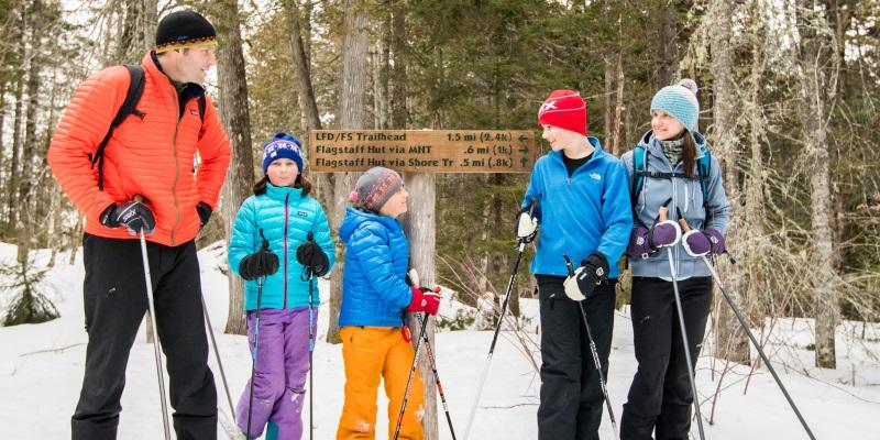 Family cross country ski trip in Maine